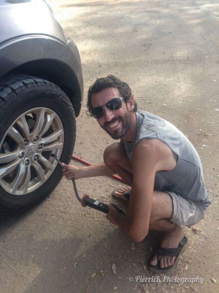 Dégonflage des pneus pour un séjour dans l'outback australien
