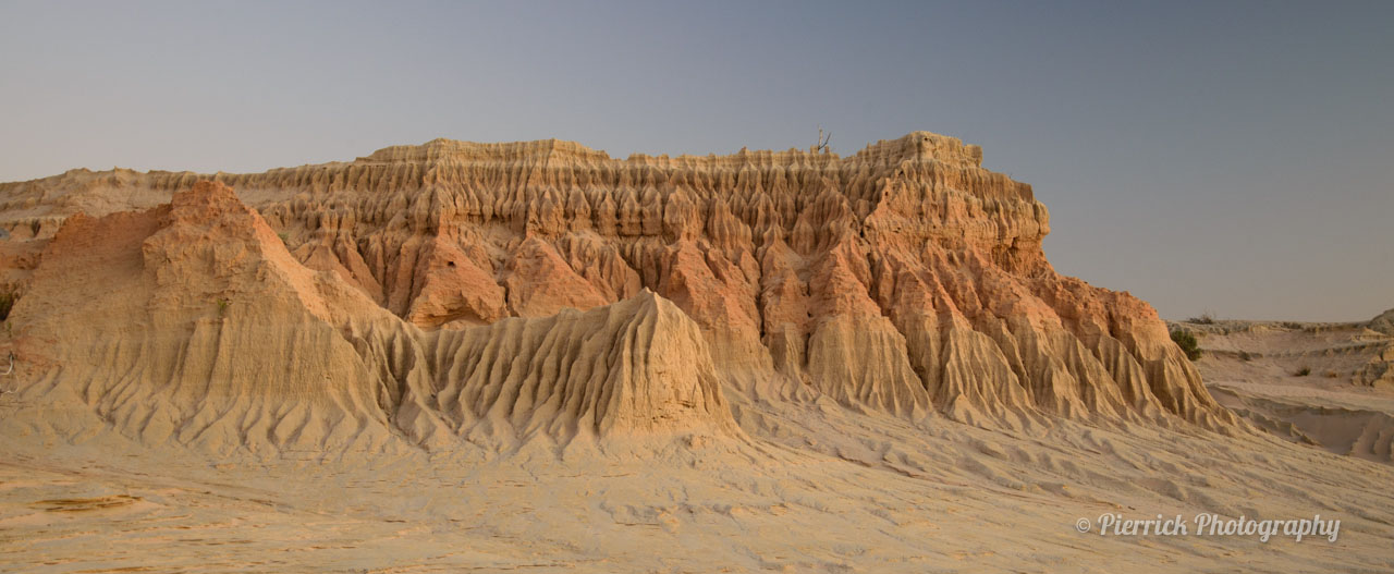Wall of China dans le parc national de Mungo