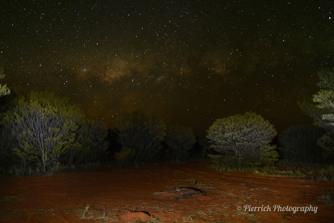 Parc national d'Uluru de nuit