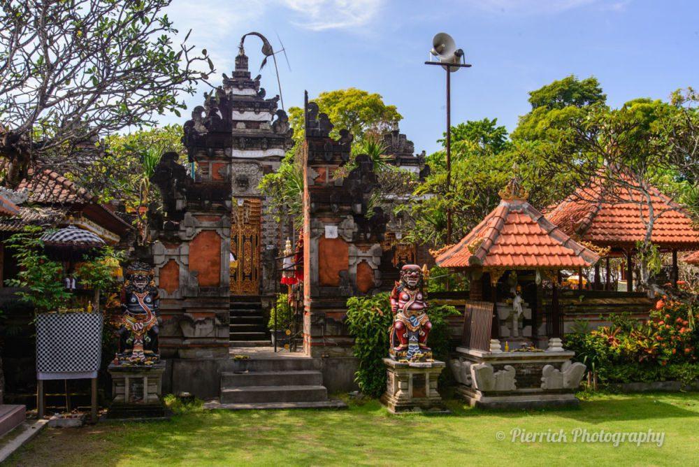 Temple Bouddhiste à Denpasar