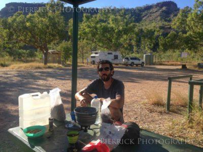 Pique-nique pendant road trip en Australie