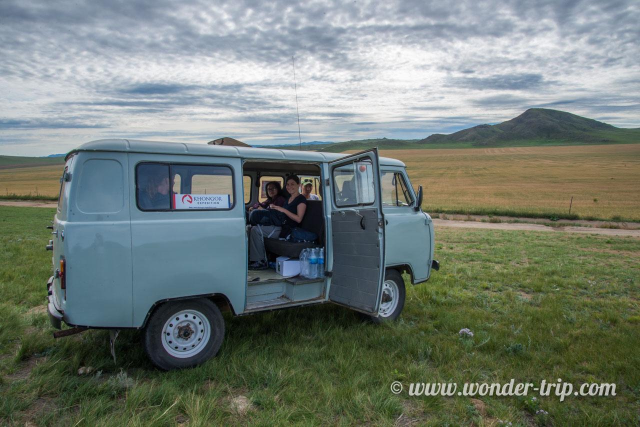 Expédition en van russe en Mongolie