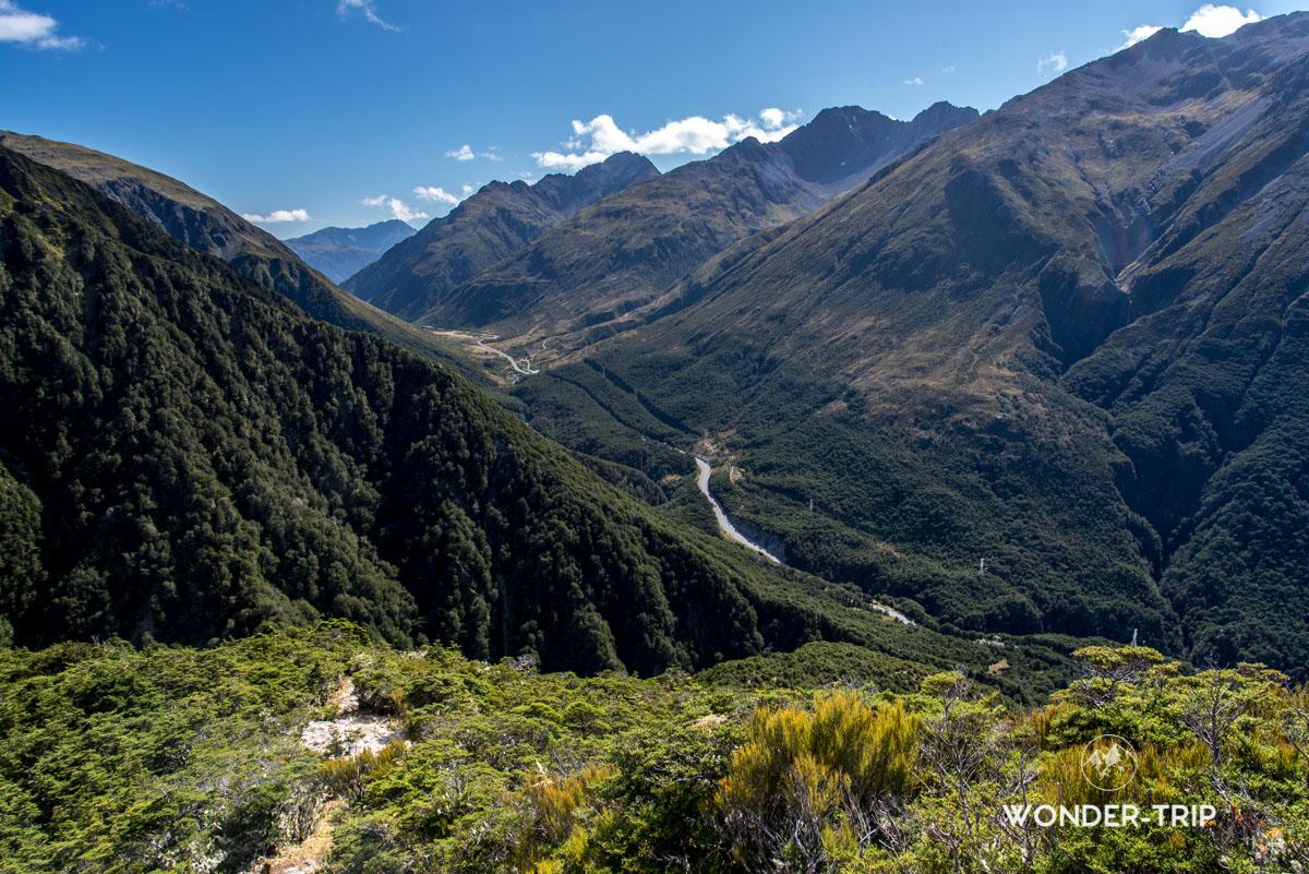 Paysage le long de la randonnée d'Avalanche peak en Nouvelle-Zélande
