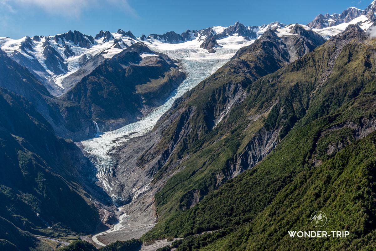Panorama sur le glacier depuis Mont Fox