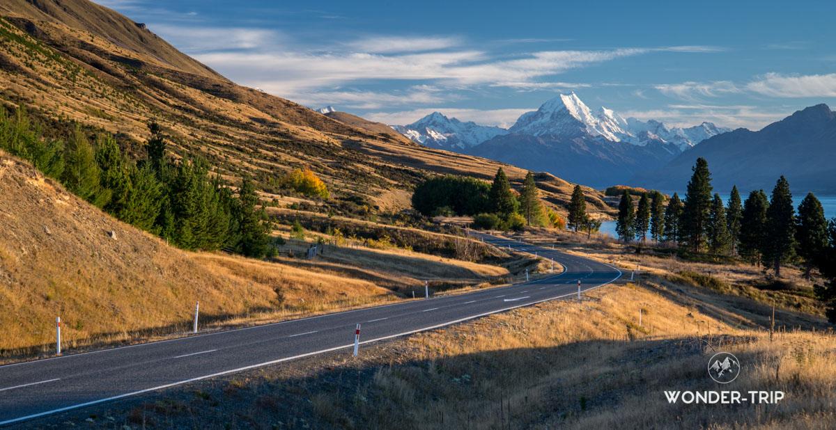 Route pour mont cook qui longe le lac Pukaki