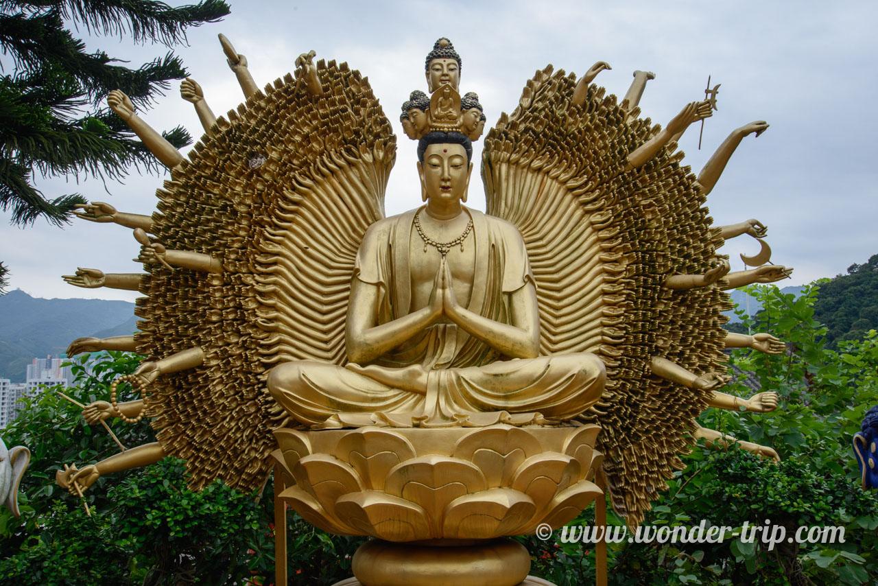 Le monastère aux 10 000 bouddhas