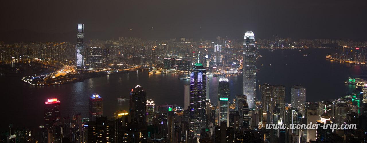 Panorama de nuit depuis le pic victoria